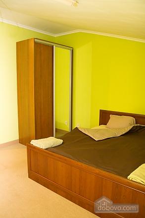 Квартира в центрі міста, 2-кімнатна (98714), 005