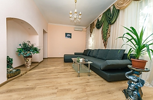 The apartment  near Presidential Administration, Dreizimmerwohnung, 004