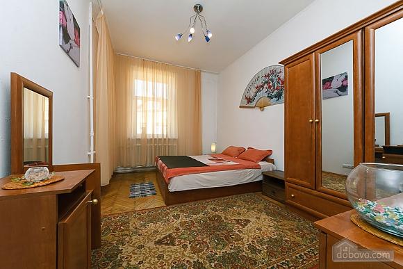 Apartment on Maidan, Un chambre (13287), 006