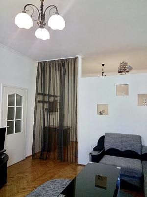 Apartment on Maidan, Un chambre, 002