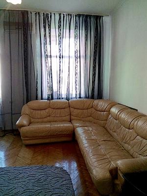 Apartment on Maidan, Un chambre, 004