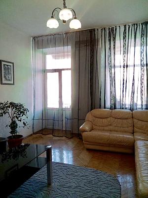 Apartment on Maidan, Un chambre, 003