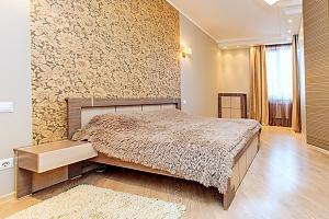 Квартира в Чудо Місті, 2-кімнатна, 002