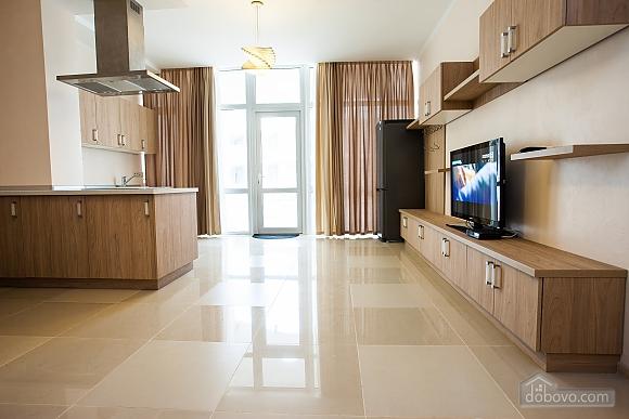 Апартаменты на берегу Чорного моря, 3-кімнатна (15056), 002