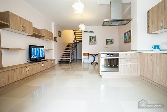 Апартаменты на берегу Чорного моря, 3-кімнатна (15056), 003