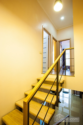 Апартаменты на берегу Чорного моря, 3-кімнатна (15056), 006