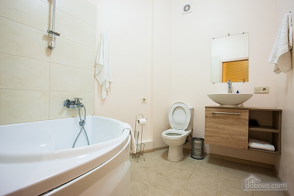 Апартаменты на берегу Чорного моря, 3-кімнатна (15056), 011
