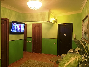 Comfortable apartment in Vyshneve, Two Bedroom, 002