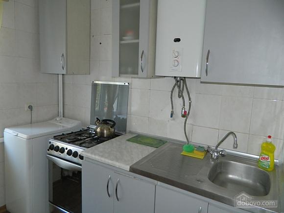 Доступна квартира біля центру міста за доступною ціною, 1-кімнатна (17614), 006