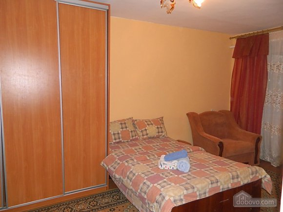 Affordable apartment near the city center, Studio (17614), 017