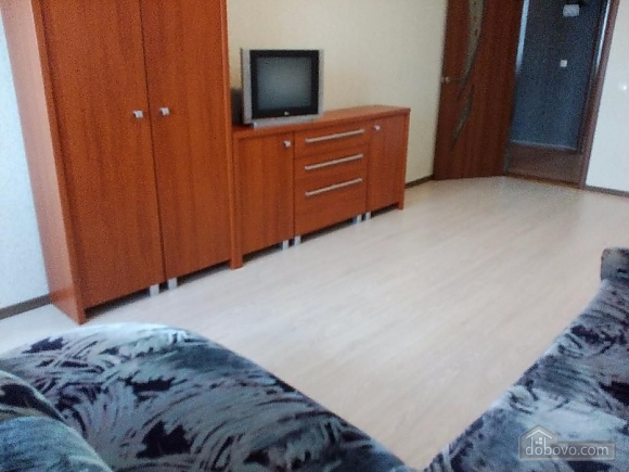 Квартира в Одессе, 2х-комнатная (72122), 003