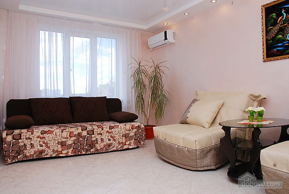 Apartment near Vokzalna metro station, One Bedroom (68698), 010