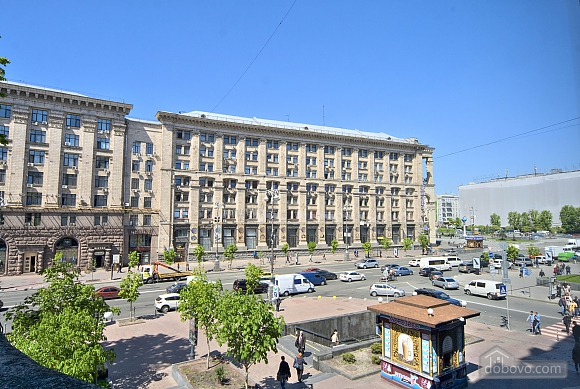 Beautiful one bedroom apartment on Khreschatyk opposite Maidan, Una Camera (34739), 002
