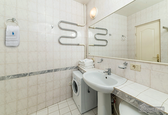 Beautiful one bedroom apartment on Khreschatyk opposite Maidan, Una Camera (34739), 014