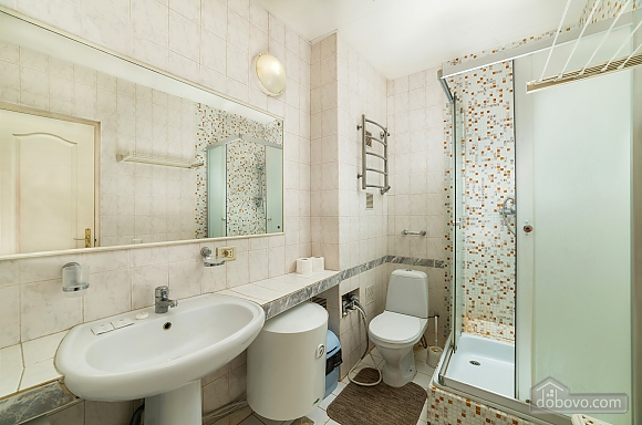 Beautiful one bedroom apartment on Khreschatyk opposite Maidan, Una Camera (34739), 015