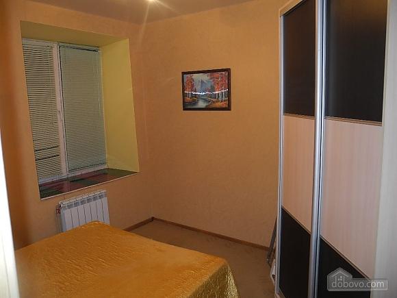 Квартира з панорамними вікнами, 2-кімнатна (13710), 009