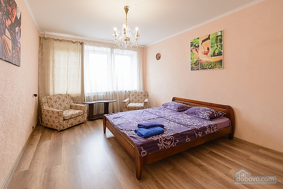 Apartment with 2 separate bedrooms Center Arena Bessarabskyi market, Una Camera (46338), 005
