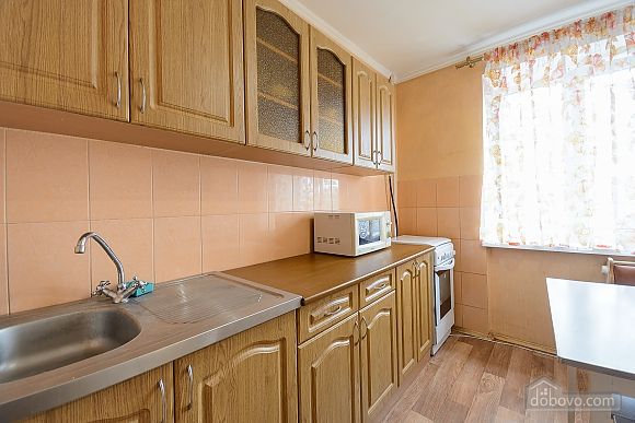 Apartment with 2 separate bedrooms Center Arena Bessarabskyi market, Una Camera (46338), 010
