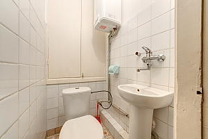 Room in mini-hotel at Pecherska metro station, Studio, 007