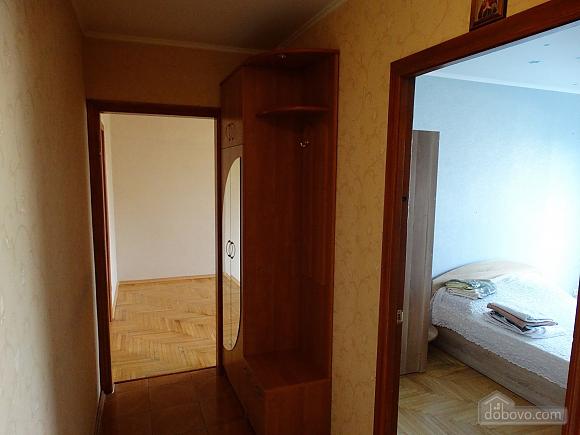 Современная большая квартира рядом с метро Дарница, 3х-комнатная (70981), 009