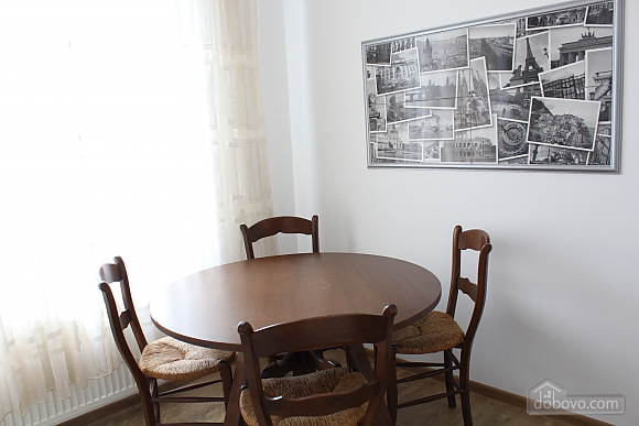 Luxury apartment in the center of Vinnitsa, One Bedroom (19656), 008