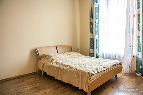 Апартаменти біля Оперного театру, 1-кімнатна (84436), 001