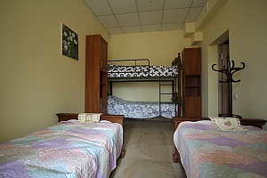 Economy room in hostel, Three Bedroom, 012