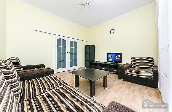 Хорошая квартира в центре, 2х-комнатная (26661), 006