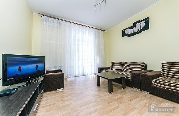Хорошая квартира в центре, 2х-комнатная (26661), 008