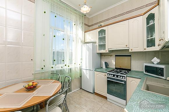 Хорошая квартира в центре, 2х-комнатная (26661), 009