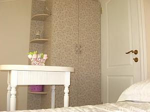 Room near the sea, Monolocale, 003