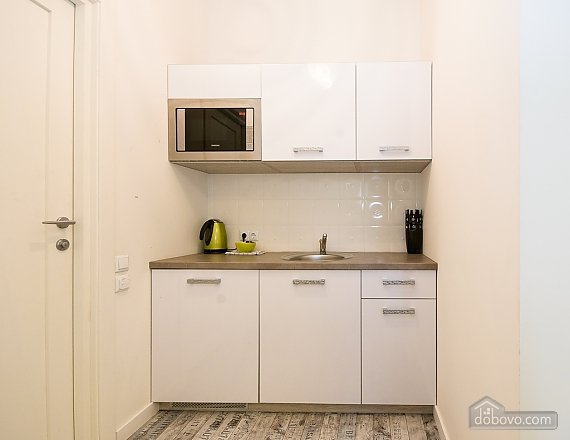 Stylish quiet one bedroom apartment with sofa bed, One Bedroom (83598), 009