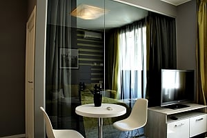 Luxury connected apartments in the heart of Kiev, Due Camere, 002