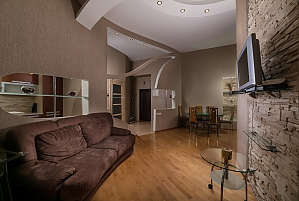 Spacious European apartment with Jacuzzi in two steps from Khreschatyk, Una Camera, 002