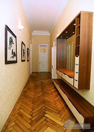Apartment in the historical center, Three Bedroom (81157), 014