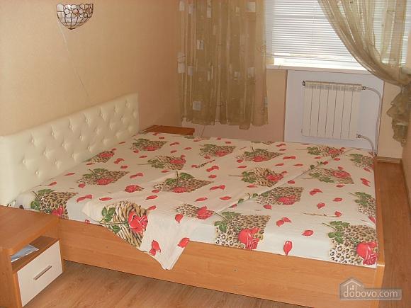 Apartment close to Deribasivska, Due Camere (20266), 012