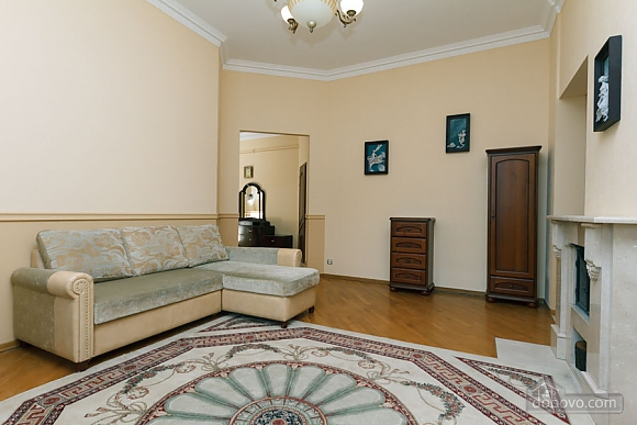 VIP apartment with Jacuzzi, Due Camere (33503), 001