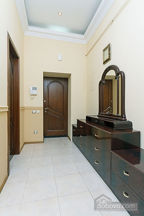VIP apartment with Jacuzzi, Due Camere (33503), 021