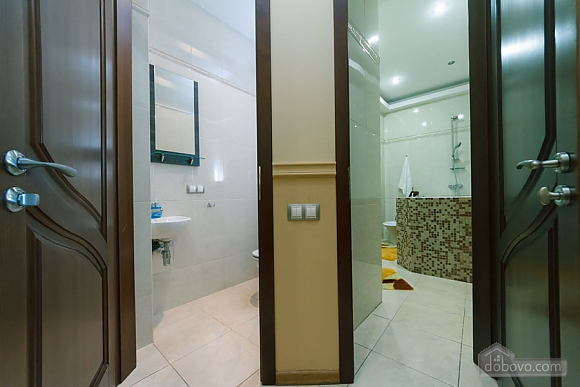 VIP apartment with Jacuzzi, Due Camere (33503), 022