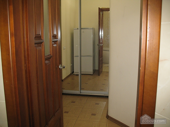 Квартира рядом с морем, 1-комнатная (34250), 007