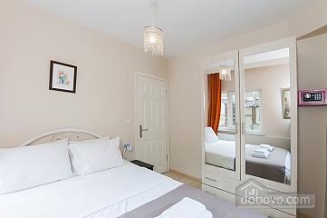 Kybele, One Bedroom (35580), 001