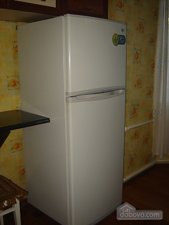 Уютная квартира, 2х-комнатная (69918), 004