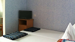 Private sector, Sieben+ Zimmern, 006
