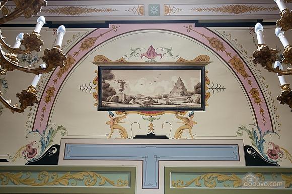 Великолепный дворец, 5ти-комнатная (10279), 010