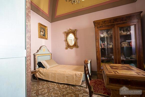 Великолепный дворец, 5ти-комнатная (10279), 025