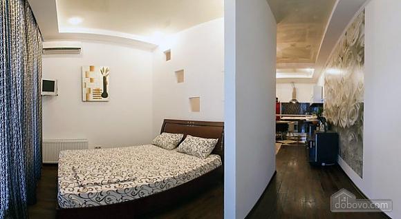 Квартира з терасою і видом на море, 1-кімнатна (91978), 002