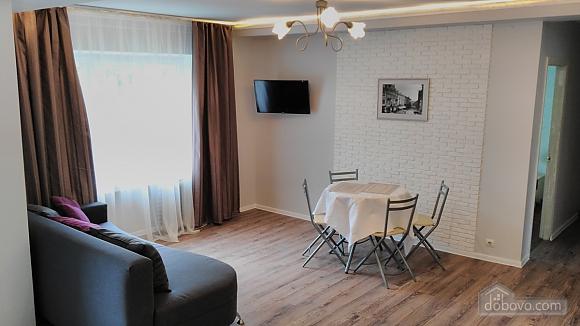 Квартира у Львові, 3-кімнатна (83740), 002