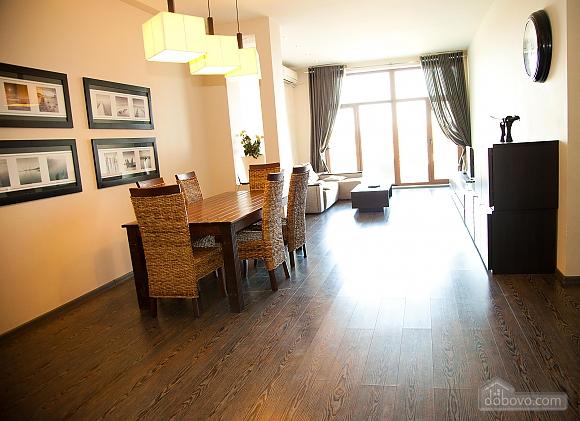 Аркадіївський палац, 3-кімнатна (96500), 003