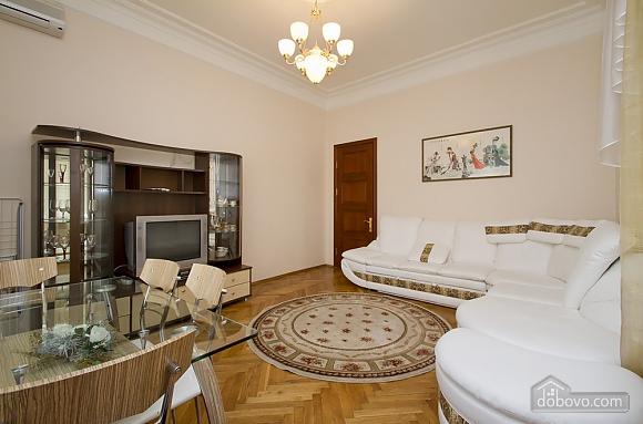 Уютная квартира в центре Киева, 2х-комнатная (49408), 004