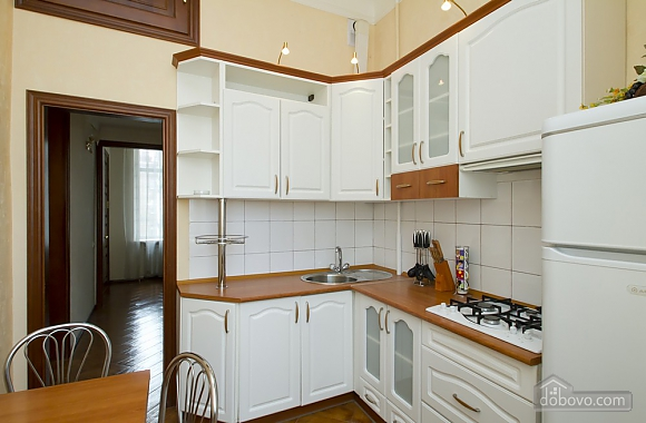 Уютная квартира в центре Киева, 2х-комнатная (49408), 005